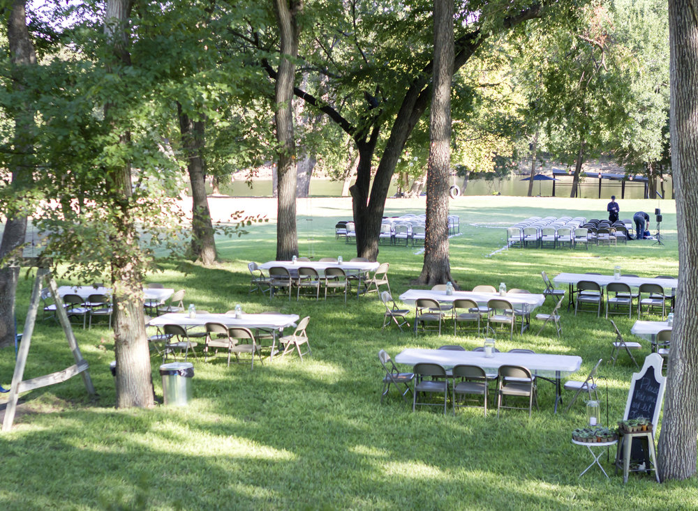 backyard_wedding_setup_smith_family_photography_waco