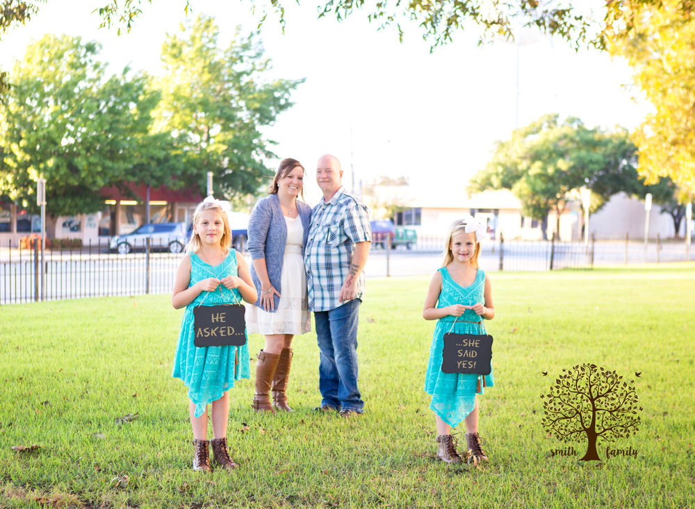 engagement_session_with_children_smith_family_photography