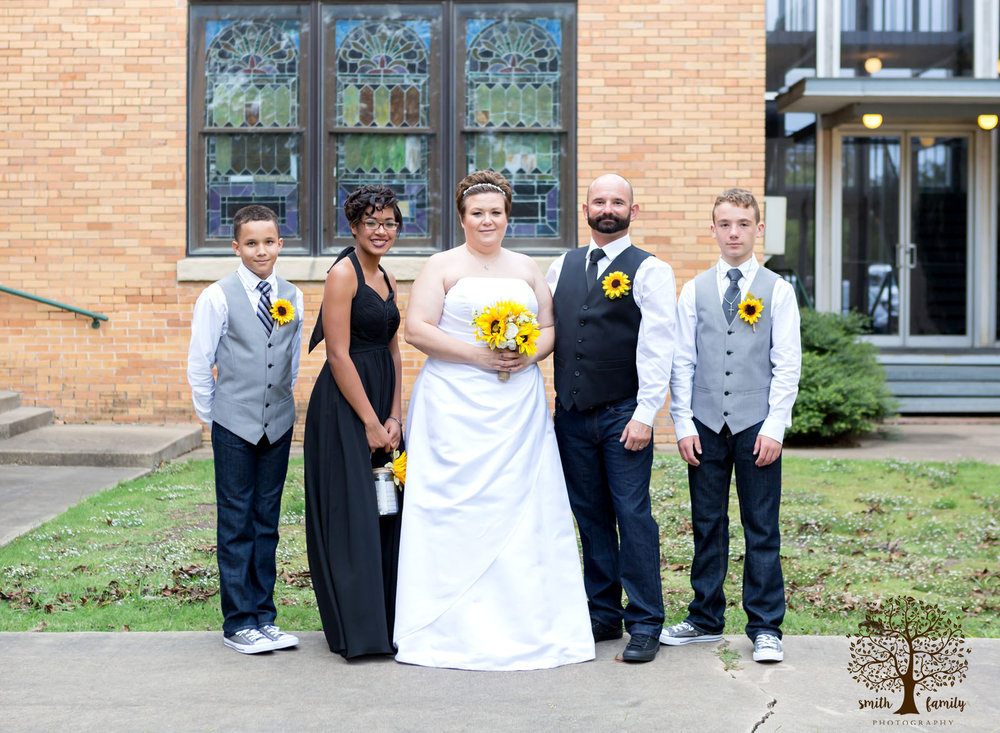 blended_family_wedding_mart_texas_smith_family_photography