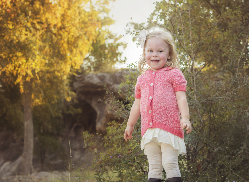 2015 - Family Session. An adorable two year old, Layla.