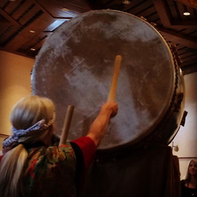 The mighty O Daiko...an expression of strength, discipline, community, respect, and celebration...last weekend at the Japanese Cultural Festival in downtown Santa Fe #yogaofdrumming #santafe #downtownsantafe