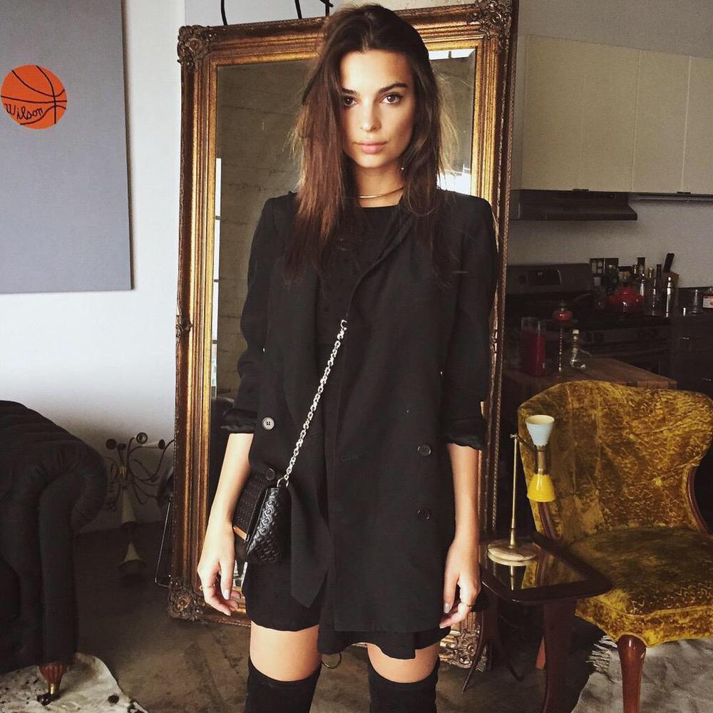 modelsandinstagram :     Emily Ratajkowski