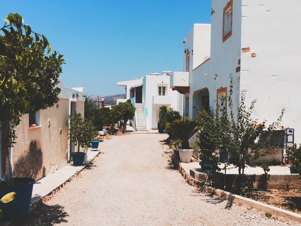 Apartments for rent in Drymona, Leros, close to the sea.