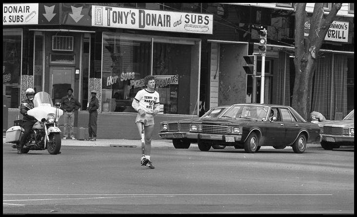 Terry Fox runs past Tony's Donair in 1980.