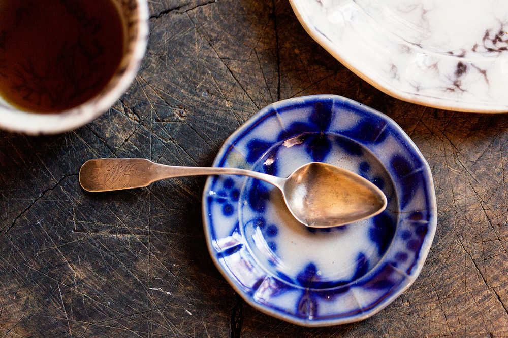 This slight departure from Blue Willow China is interesting...and the vintage bent-out-of-shape spoon??? Sometimes it's the little things in life that make it interesting.