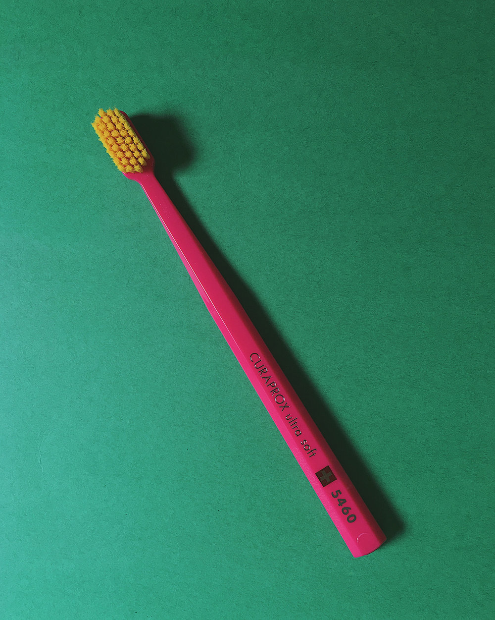 Curaprox CS 5460 Ultra Soft in magenta with yellow bristles