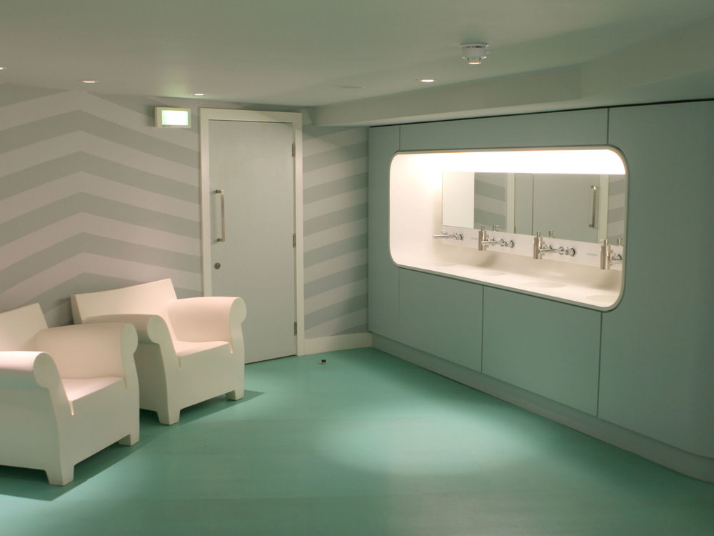 Midland Hotel Toilets