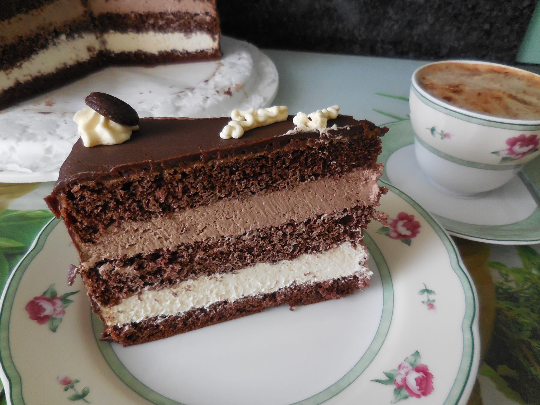 latte macchiato torte rezepte suchen. Black Bedroom Furniture Sets. Home Design Ideas