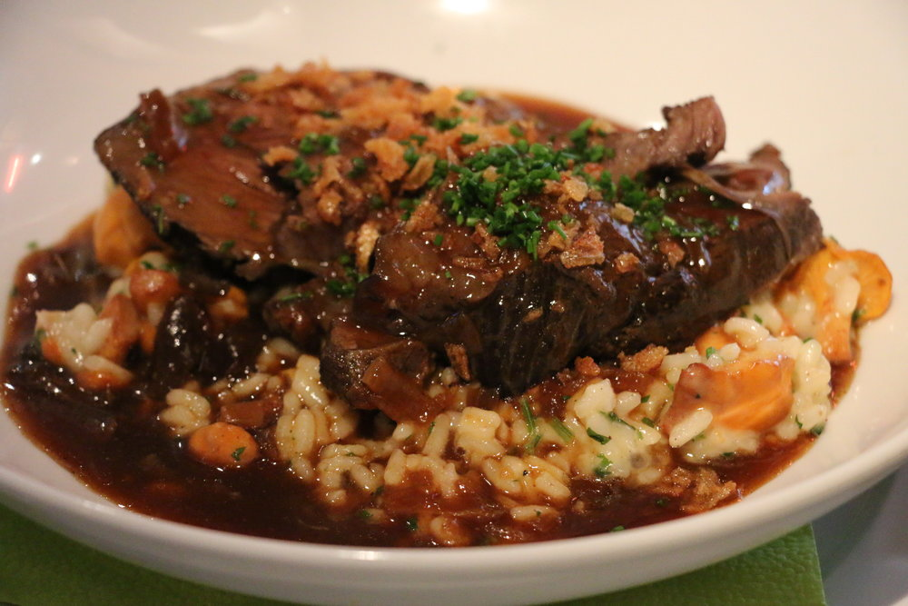 Reisfleisch Feinstes Schultergulasch im crèmigen Risotto & grünem Salat