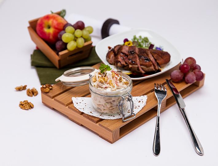 QimiQ Waldorf Salat