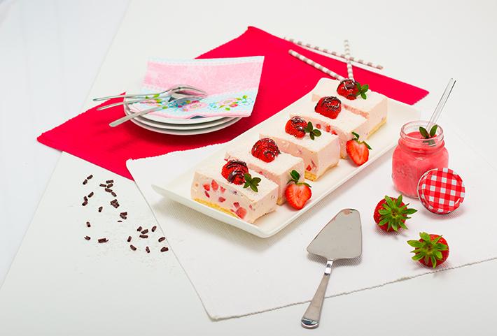 Erdbeer-Topfen-Schnitte