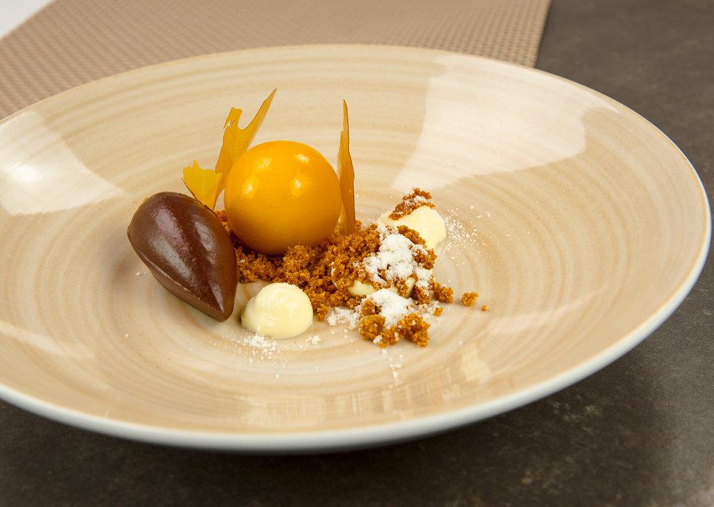 Weiße Schokolade-Passionsfrucht-Pralinen