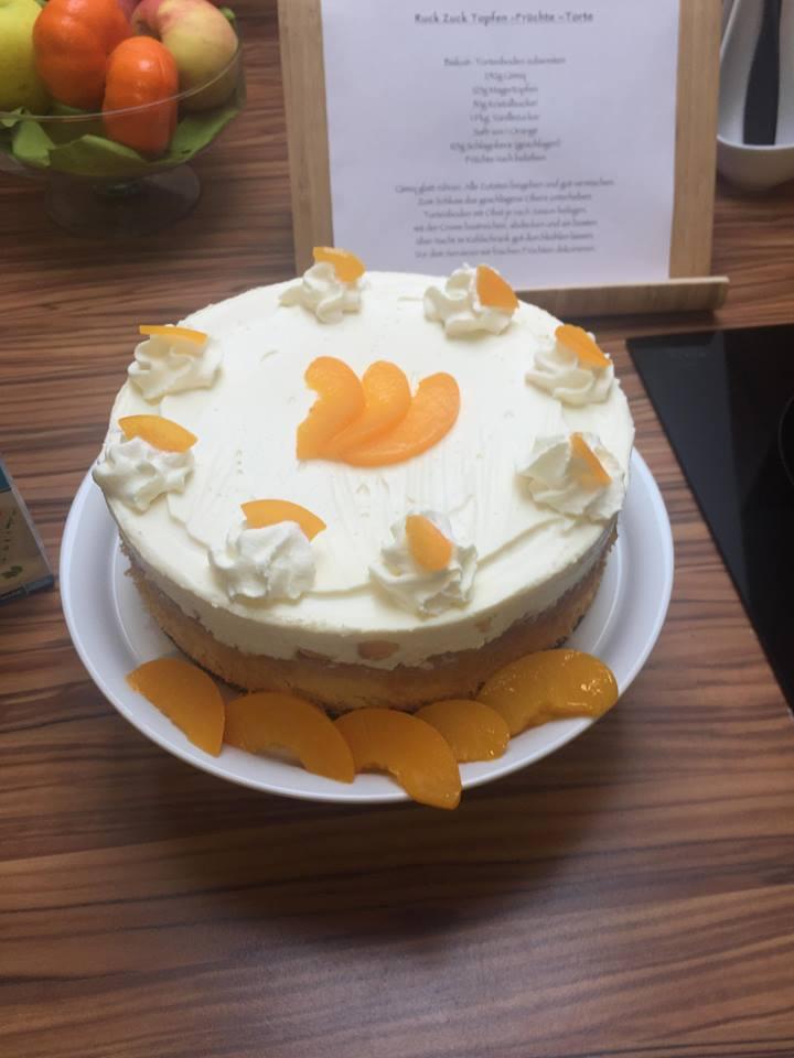 Ruckzuck Topfen-Früchte-Torte_2.jpg