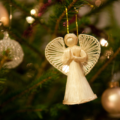 Angel_on_a_Christmas_tree_(5274608959).jpg