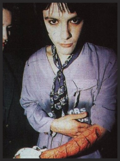 Inertia Creeps was originally written by Massive Attack as a track for Manic Street Preachers's Richey Edwards to sing. Ultimately, they ended up providing a remix for the single release.
