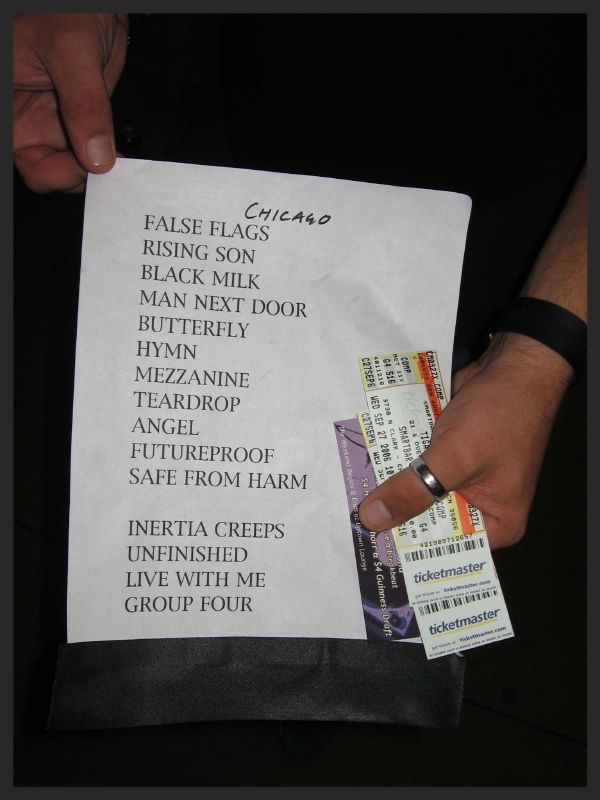 Typical setlist from the 2006 tour. This one is from the Chicago show which had a rare performance of Live With Me with Terry Callier on stage.