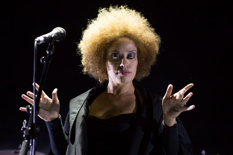 Martina Topley-Bird performed live vocals on Jupiter on the 2014 and 2016 Massive Attack tours.