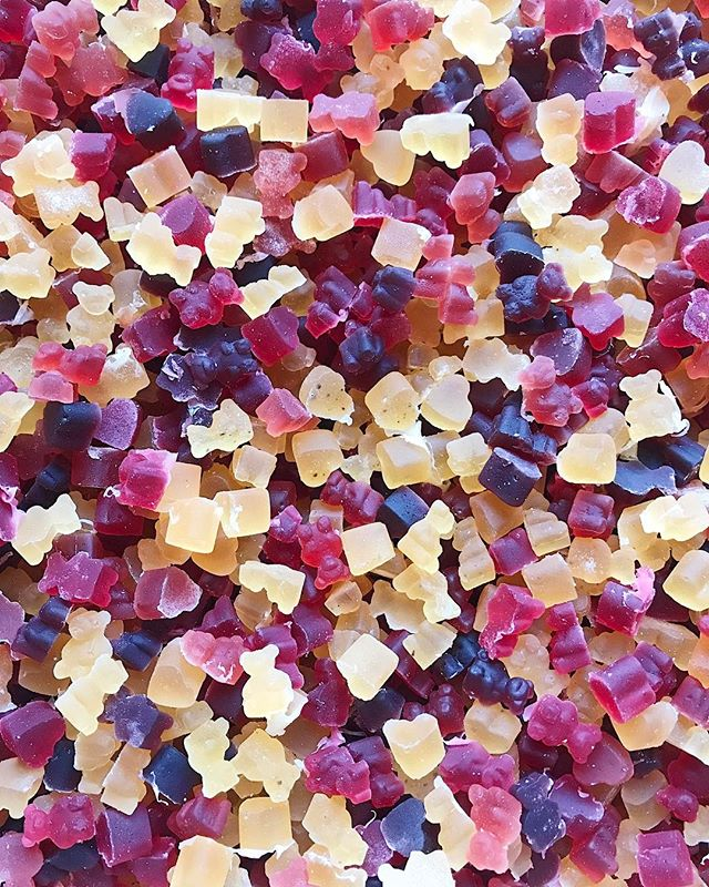 40 lbs of delicious, all natural, real fruit gummies for my alma maters reunion 💕🌈💜 to be packaged tomorrow! 🎉 Marlborough girls for life 🦄💜 | #teebsiepops #teebsiesweets
