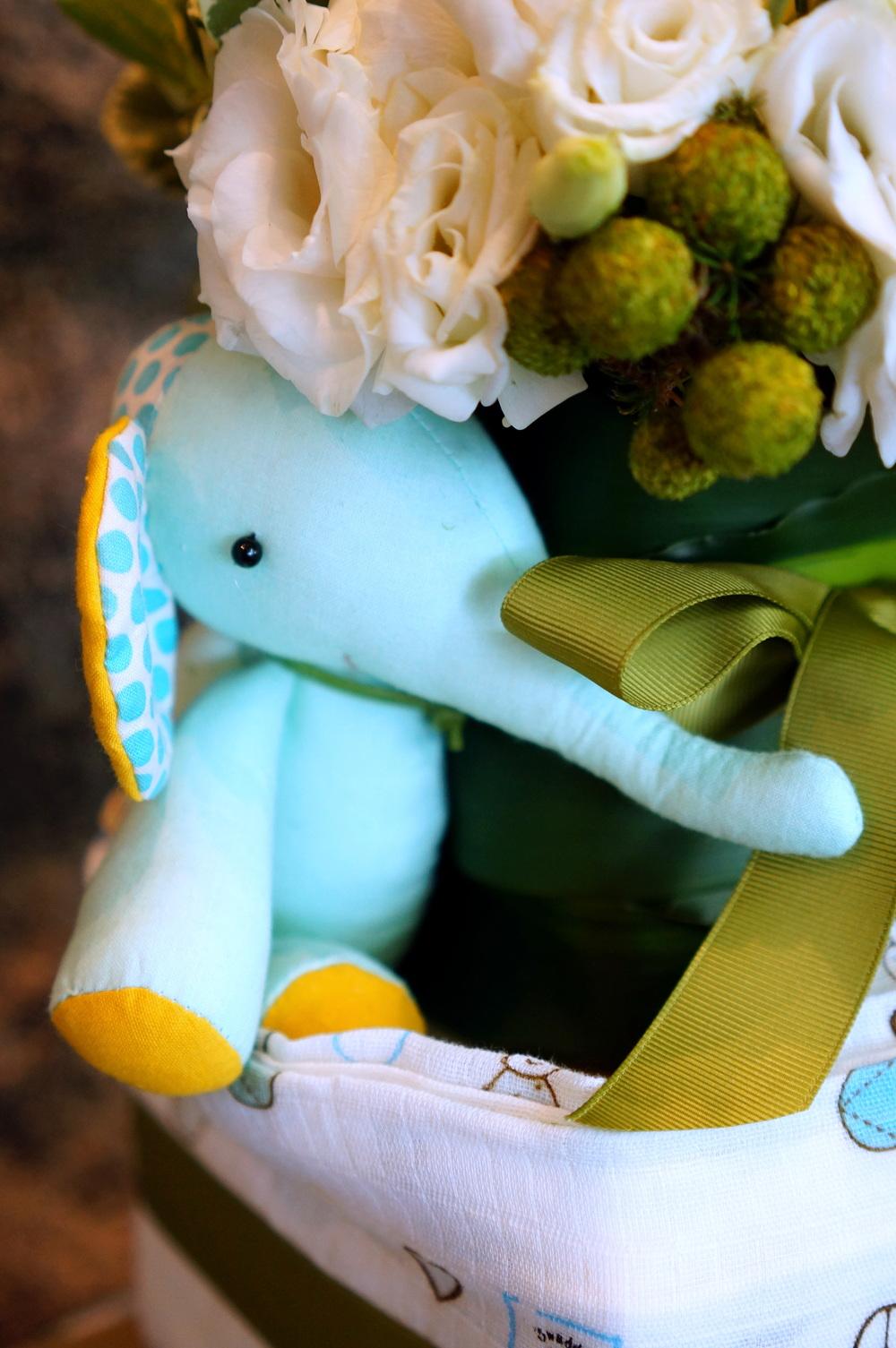Elephant gift 2.JPG