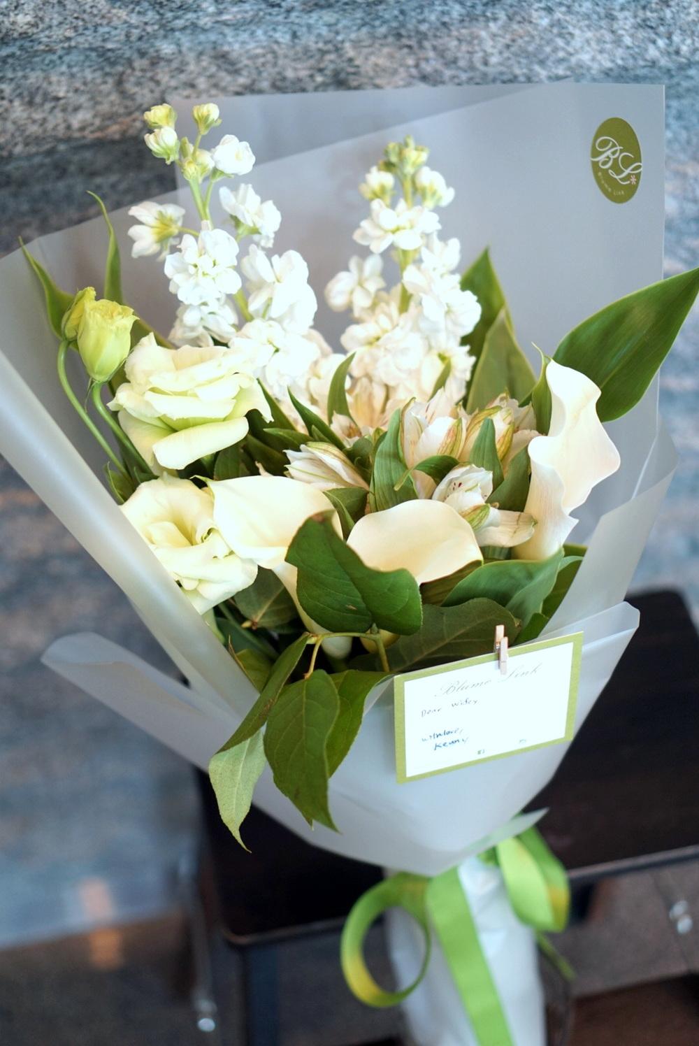 Bouquet - White (edited).JPG