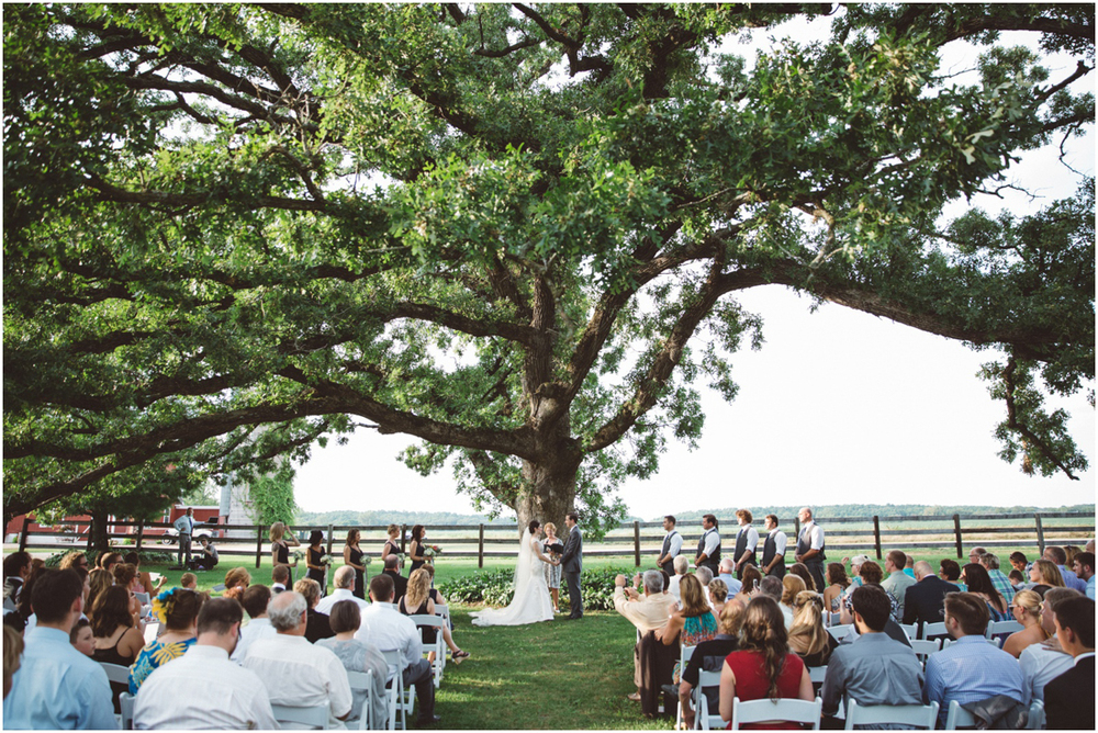 Indiana_barn_Wedding-107.jpg