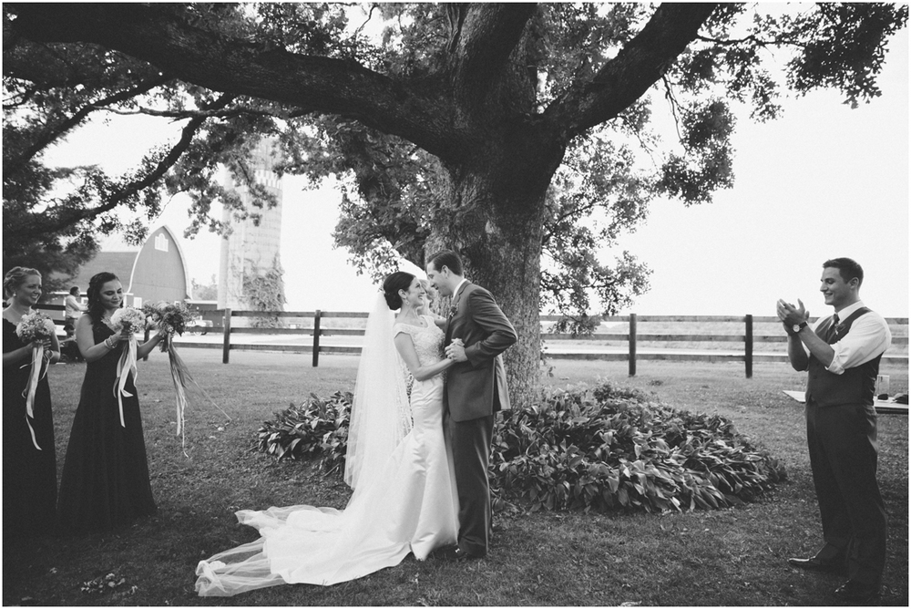 Indiana_barn_Wedding-117.jpg