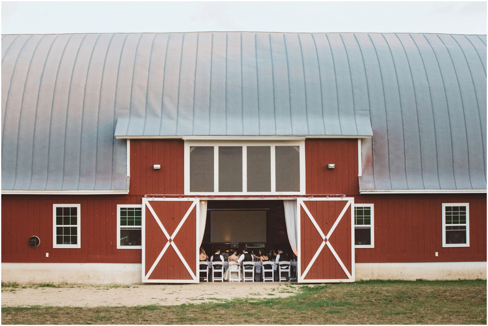 Indiana_barn_Wedding-162.jpg