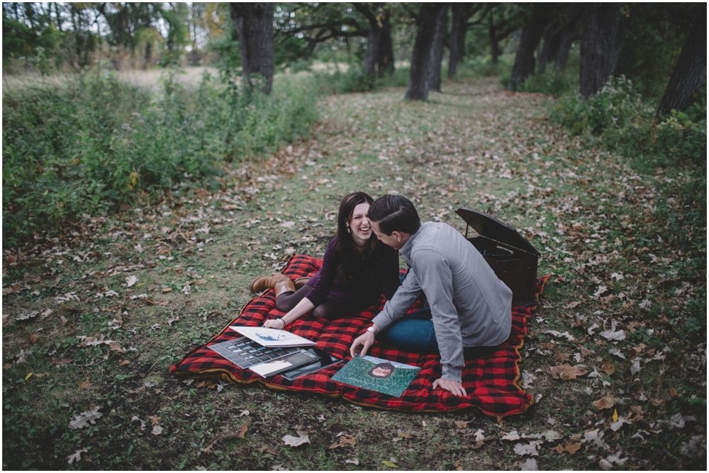 vinyle_engagement_session (3 of 60).jpg