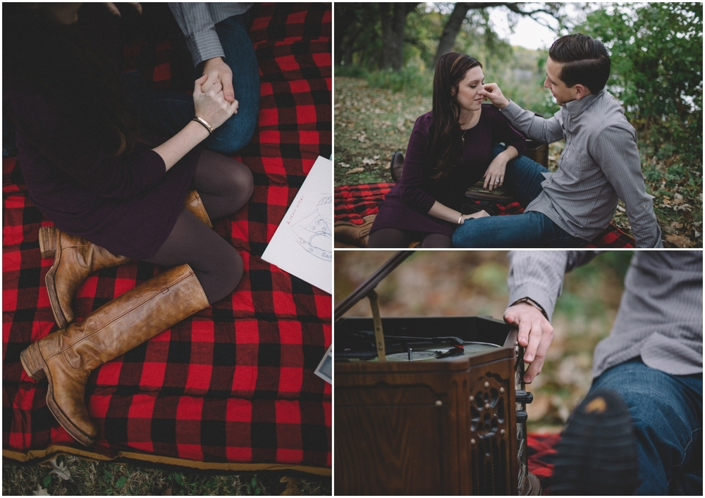 vinyle_engagement_session (10 of 60).jpg