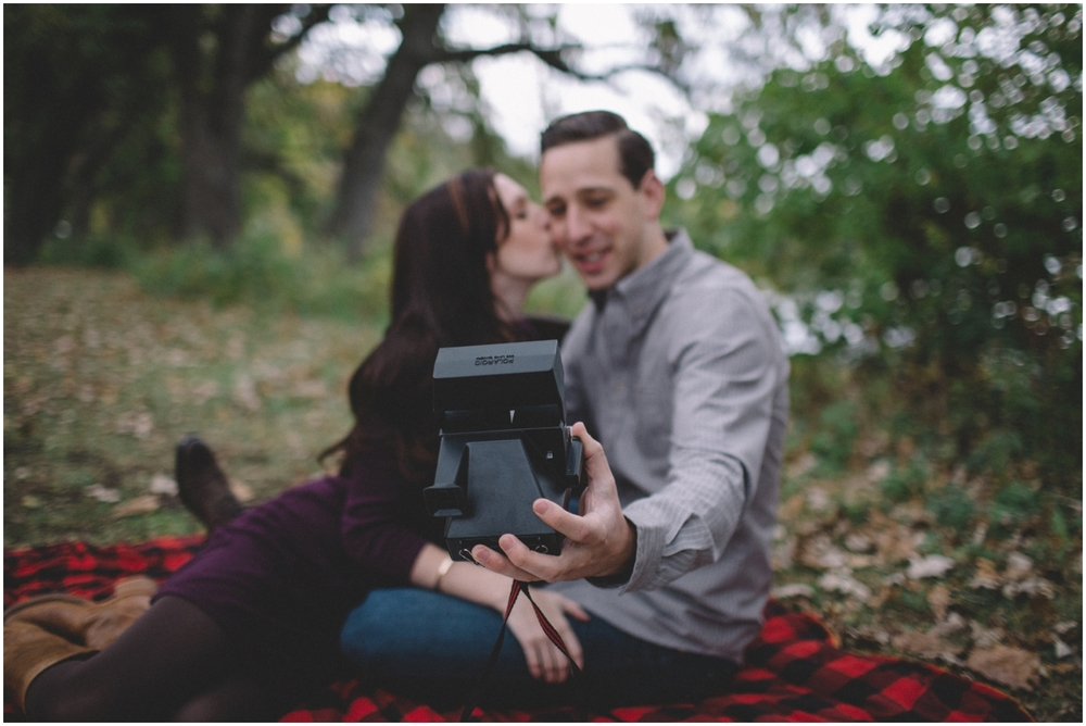 vinyle_engagement_session (13 of 60).jpg