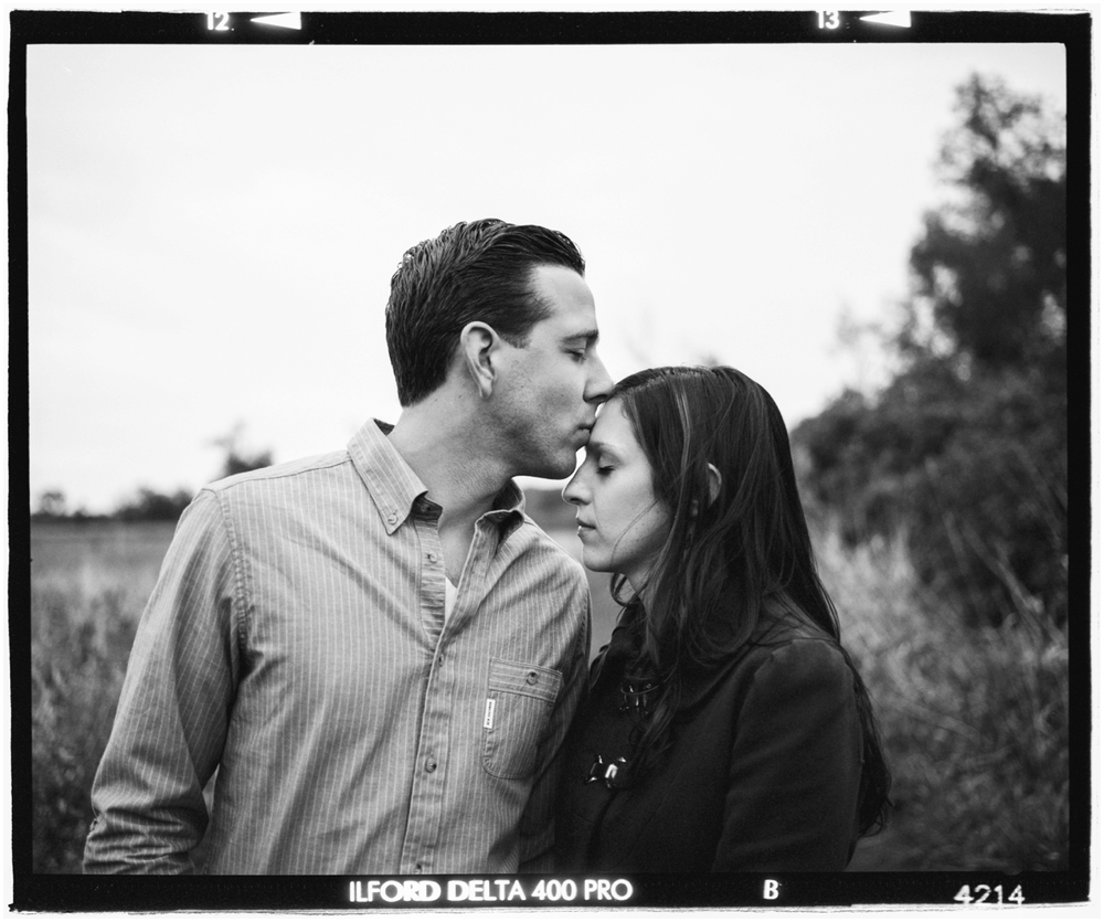 vinyle_engagement_session (57 of 60).jpg