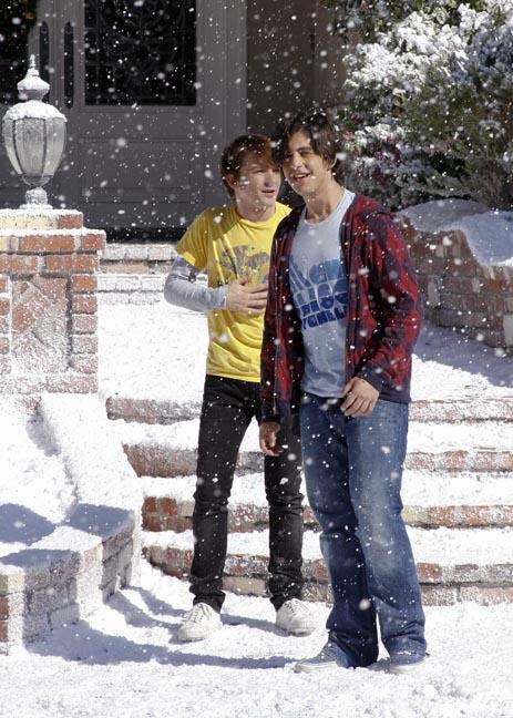 Merry Christmas Drake & Josh