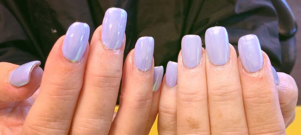 Trending on Nails: Dipped Acrylics, Unicorn Polish, and Chrome ...