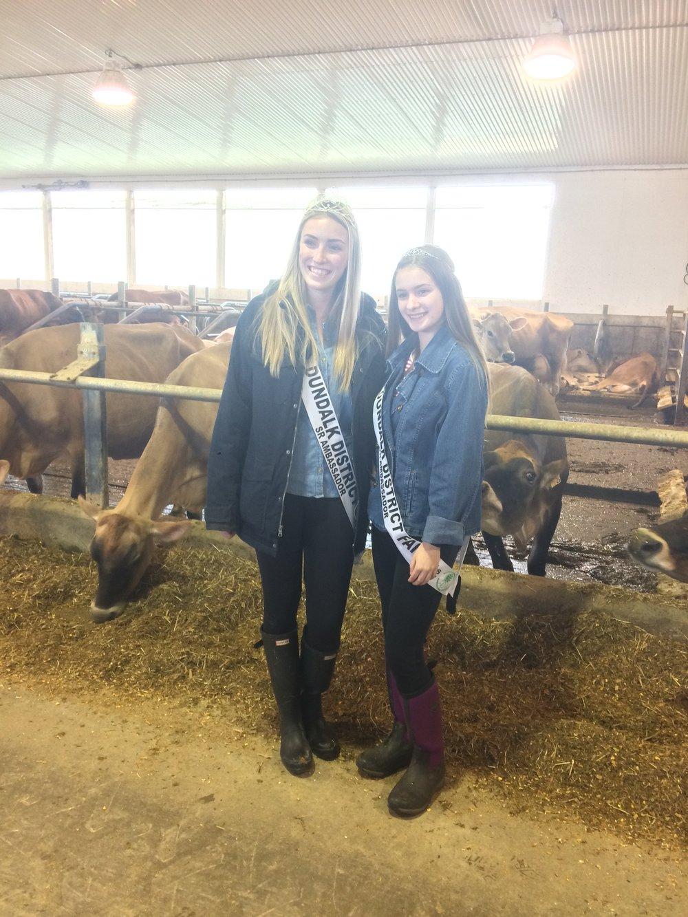 Jennie and Emmilee touring Miller's Dairy during the 2017 District 10 Spring Meeting