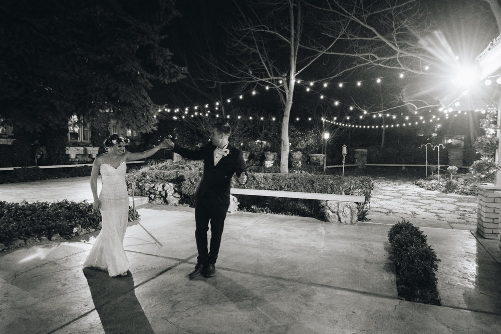 Trevor-Hooper-Wedding-Photographer-The-Bungalow-Wedding-Utah_BW_057.jpg