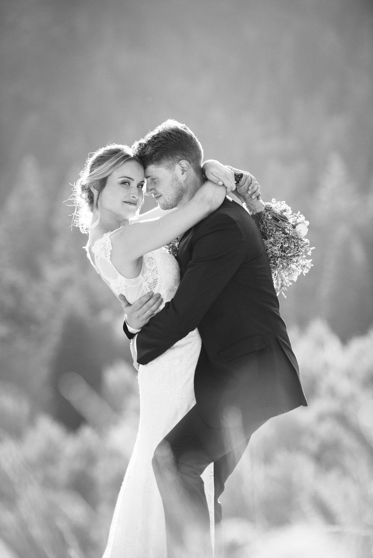 0497_BW_ONL_Babbitt_Utah_Wedding_Trevor_Hooper_Photo.jpg