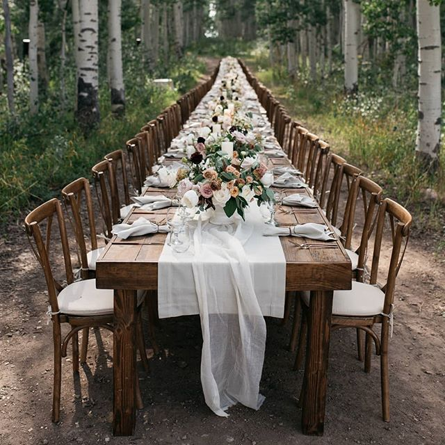 Dinner for 150 of your closest friends in an aspen grove at 9,000 ft? Yesssss pleasssssee... Kat and Nick's wedding at Wolf Creek was an absolute wonderland. Mad props to the amazing crew who pulled off this incredible vision! 😍🤘 @maraeeventmanagement @bryadesigns @luxcateringandevents