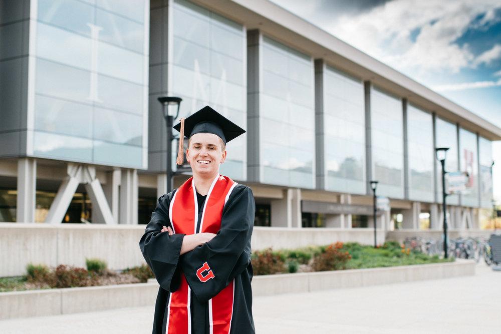 Utah-Graduation-Portraits-Trevor-Hooper-Photo_SML_05.jpg
