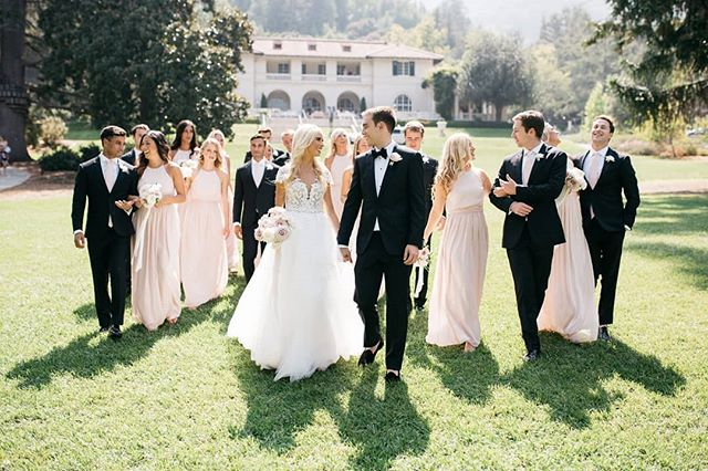 The Montalvo Arts Center in Los Gatos, CA is one of the most elegant wedding venues I've ever seen! It was the perfect backdrop for Kelly and Jamin's perfect California wedding! 😍😍😍
