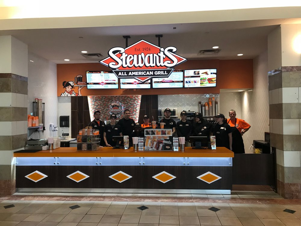 Team Stewart's is ready to serve you in the Mall of NH!