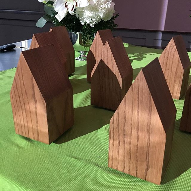 Update from the Golden Hammer Awards 2018 hosted by @storefrontrva and @historicrva. This year's awards are designed and fabricated by Jason Adkins and feature laser-etched concrete and gold-leafed interiors!