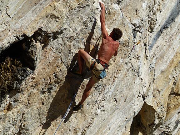 climb-2296308.jpg
