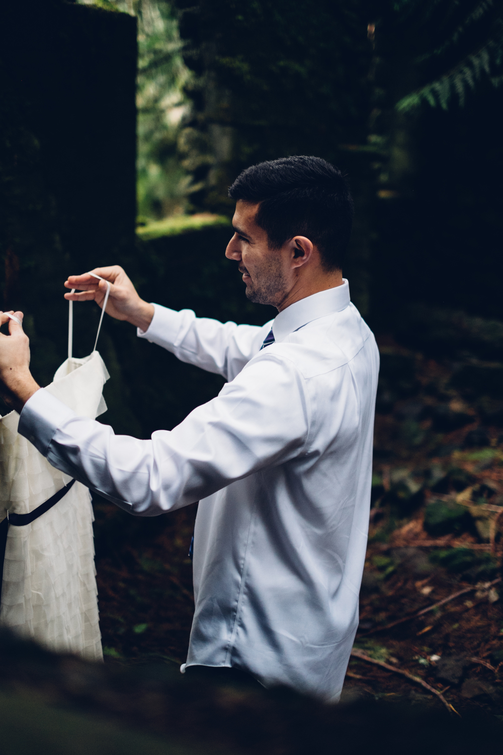 Stone House Elopement in the Columbia Gorge By Sentiero Photography-6.jpg