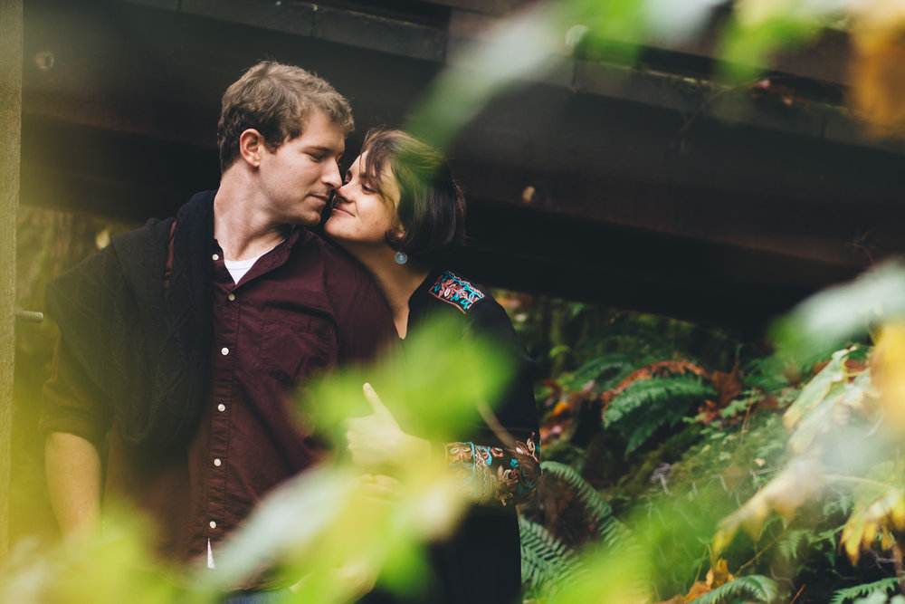 Columbia River Gorge Engagement Photography-22.jpg