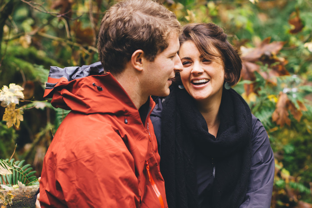 Columbia River Gorge Engagement Photography-28.jpg