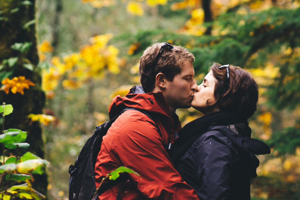 Columbia River Gorge Engagement Photography-35.jpg