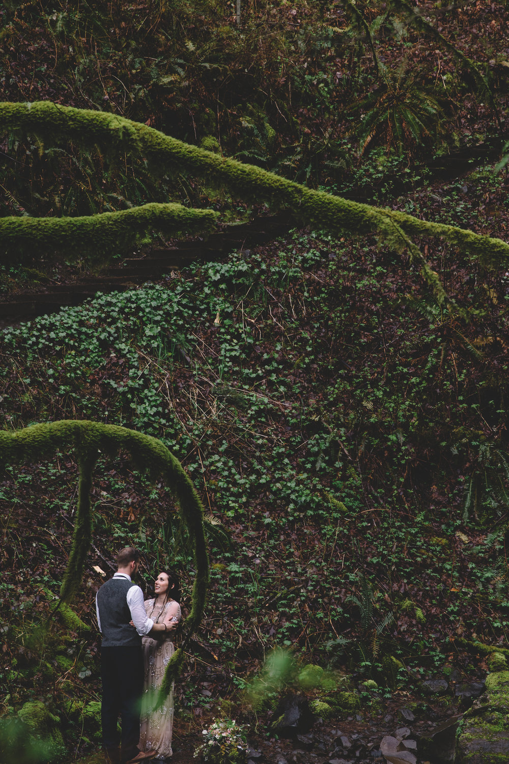 Columbia Gorge Elopement Photography-40.jpg