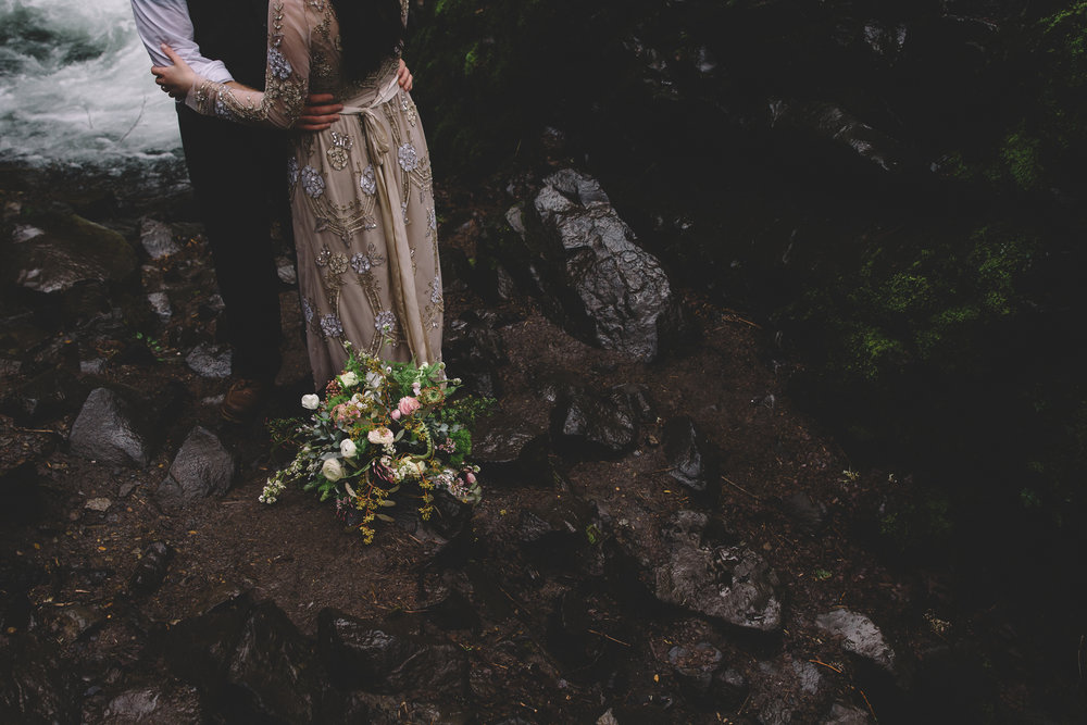 Columbia Gorge Elopement Photography-52.jpg