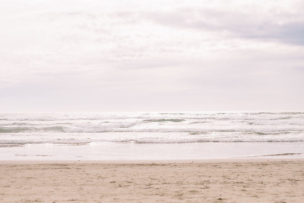 Cannon Beach Engagement Photography-2.jpg