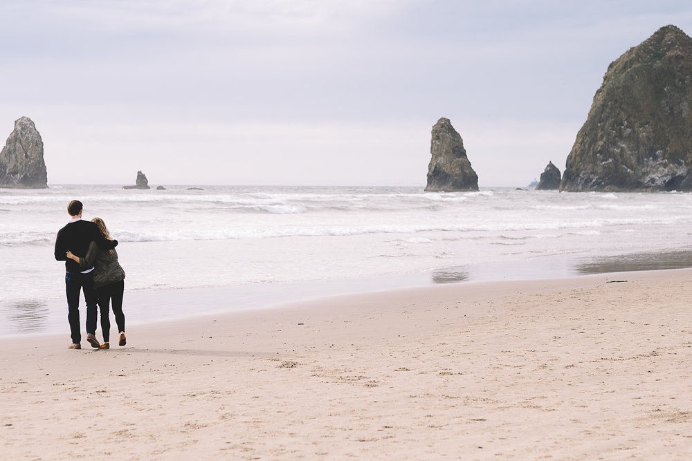Cannon Beach Engagement Photography-21.jpg